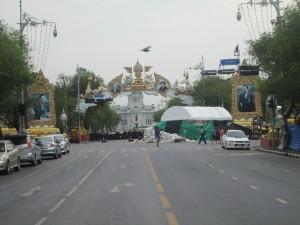 A whole boulevard closed off