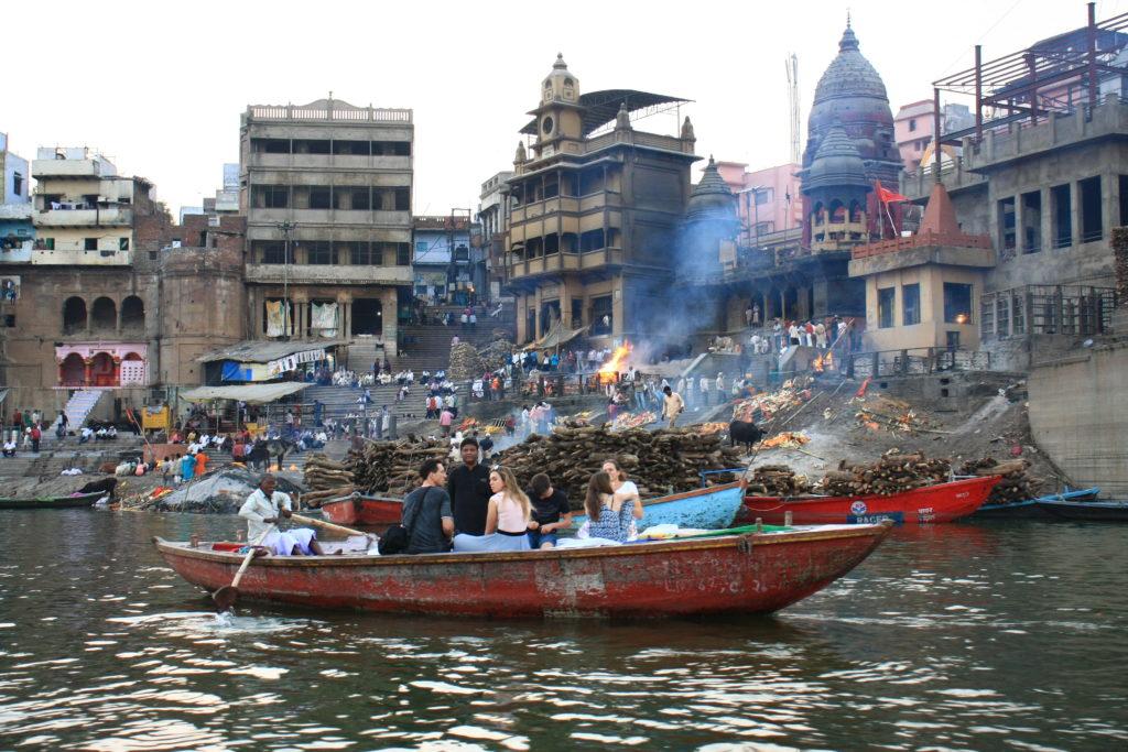 Ghat de crémation, Varanasi, Inde