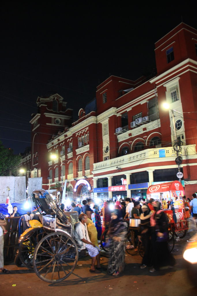 Marché de soir, Kolkata, Inde