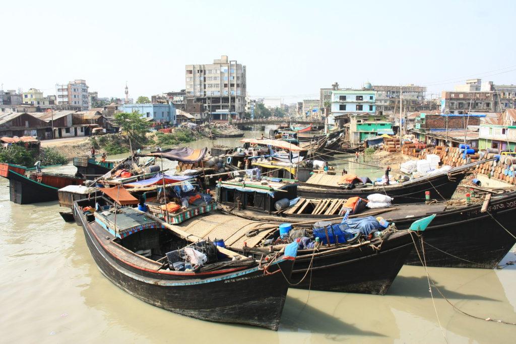 Bateaux de pêcheurs, Chittagong, Bangladesh