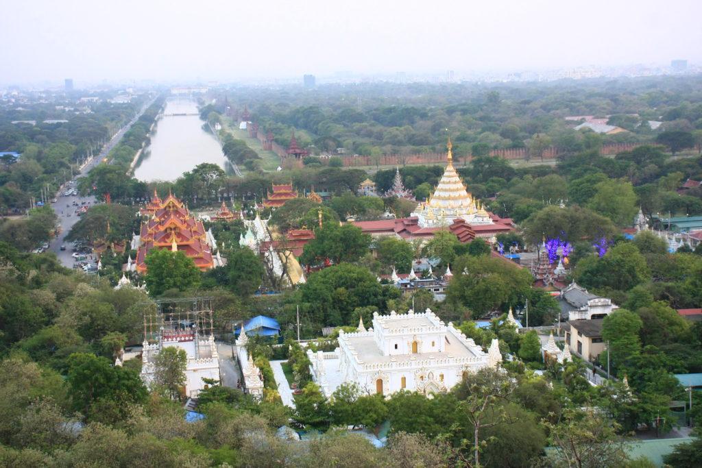 Vue du palais de Mandalay, Myanmar