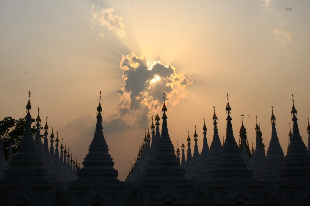 Pagodes, Mandalay, Myanmar