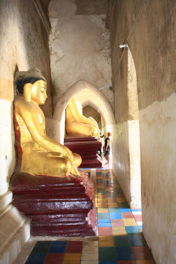 Intérieur d'un temple, Bagan, Myanmar