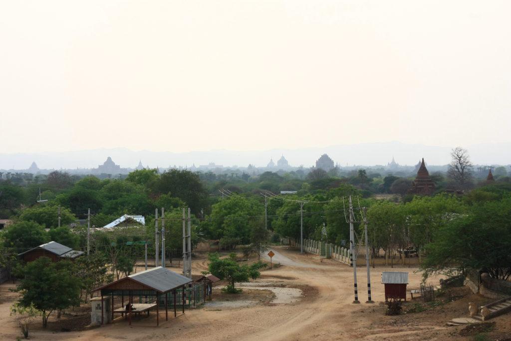 Temples à l'horizon, Bagan, Myanmar