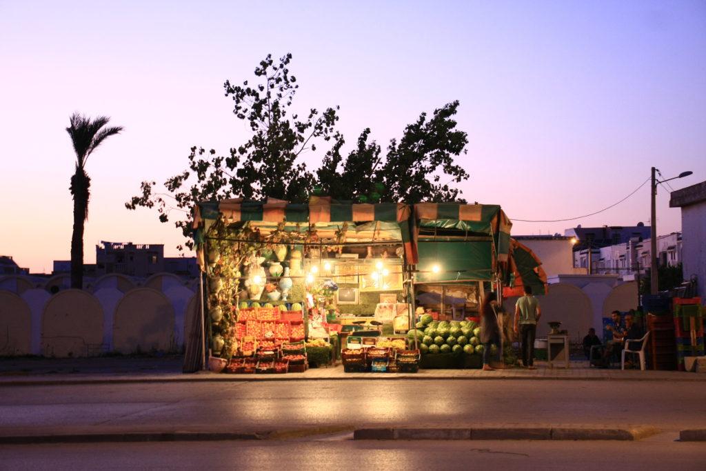 Petit étal à Tunis